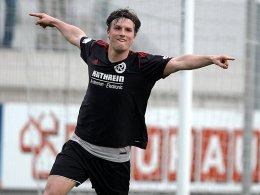 Torschütze im Pokalfinale gegen Burghausen: Markus Einsiedler (Rosenheim).