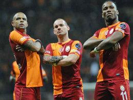Bald Gäste im beschaulichen Wattenscheid (v. re. n. li.)? Felipe Melo, Wesley Sneijder und Didier Drogba von Galatasaray Istanbul.