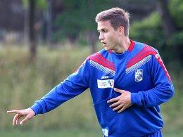 Zurück auf die Fußballbühne: Gianluca Korte, hier noch 2015 bei einem Testspiel-Engagement in Erfurt.