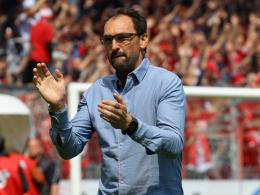 Trotz Abstieg: Wollitz bleibt Cottbus-Coach