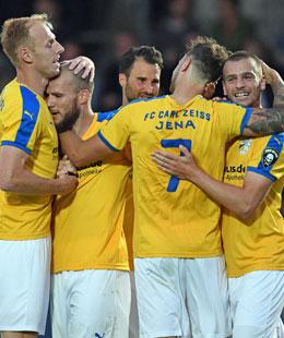 Jena jubelt über das 3:0 im Topspiel bei Hertha II.