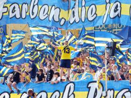 Lok Leipzig zu Teilauschluss der Fans verurteilt