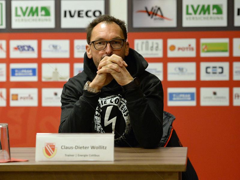 Nach Beleidigungen: Berliner AK entlässt Stadionsprecher