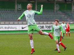 Wolfsburg schießt 96 ab - Bayern schlagen FCA