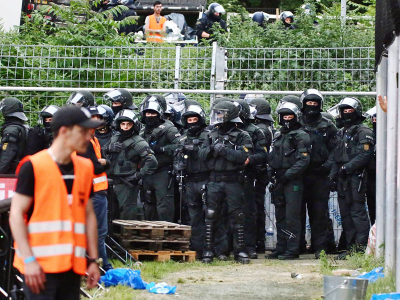 Polizei im Mannheimer Carl-Benz-Stadion