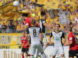 West-Staffel: Start in Wiedenbrück - Viktoria-Auftakt gegen Aachen