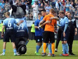 Stuttgarter Kickers verhindern Absturz