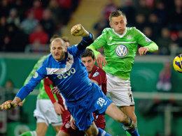 Ivica Olic trifft zum 1:0 für Wolfsburg in Offenbach