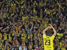 Shinji Kagawa nach dem DFB-Pokal-Sieg 2012 in Berlin (5:2 gegen den FC Bayern)