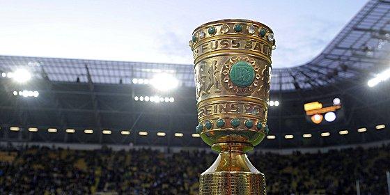Objekt der Begierde: Noch 32 Teams sind im Rennen um den DFB-Pokal.