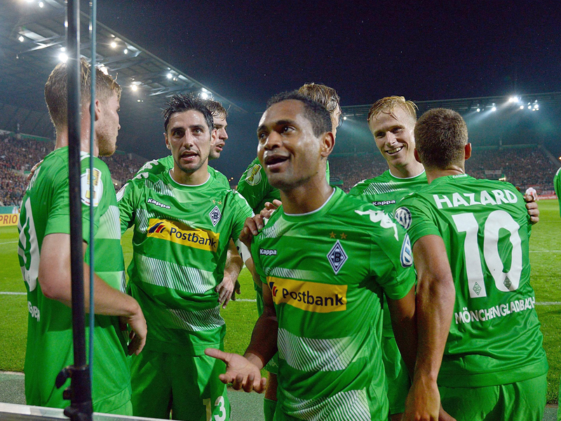 Gladbach und Leverkusen mit Mühe im Cup weiter