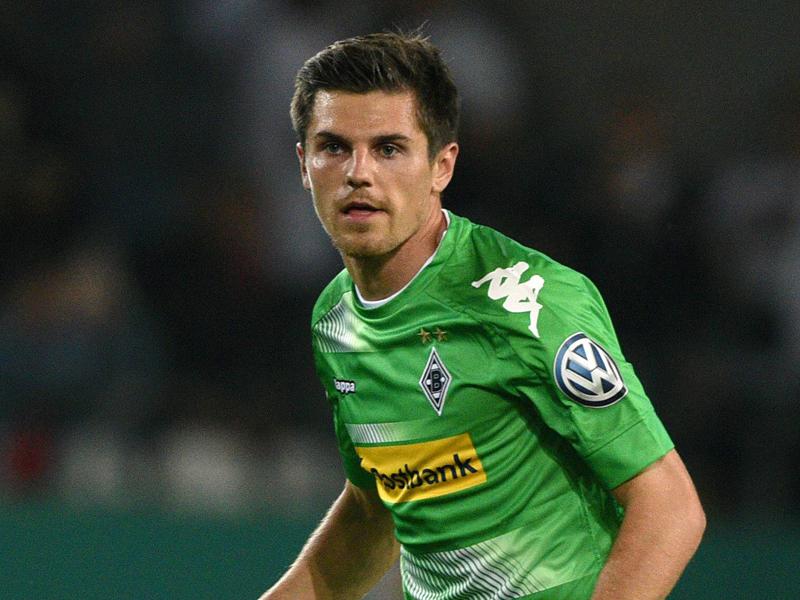 Borussia Mönchengladbach rettet sich in nächste Pokalrunde