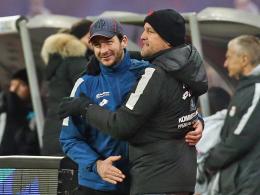 Fan-Aufruf von Manager Schröder: Runter von der Couch