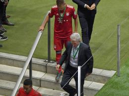 Bayern-Profis warten Eintracht-Siegerehrung nicht ab