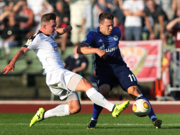 Konoplyanka hievt Schalke eine Runde weiter