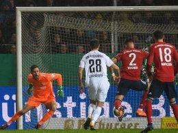 Wagner schießt pomadige Bayern ins Achtelfinale