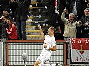 Henning bejubelt das 1:0.