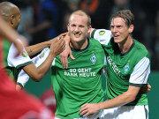 Fußball, DFB-Pokal: Petri Pasanen und Tim Borowski (Werder Bremen)