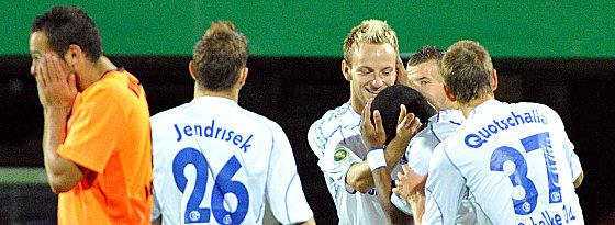 Schalke jubelt, Ralf Kettemann ist bedient