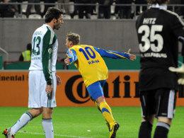 Stephan Rahn (Victoria Hamburg) jubelt über das 1:3