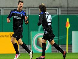 Torschützen unter sich: Maierhofer (li.) und Grlic bejubeln das 1:0 des Österreichers