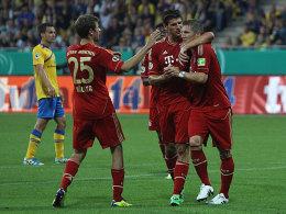 Münchens Müller, Gomez und Schweinsteiger (v.li.)