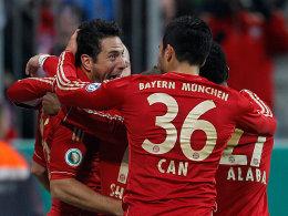 Pizarro, Robben, Shaqiri, Can und Alaba (v.li.) beim Torjubel