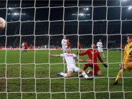 Gomez ganz cool, Müller und Shaqiri sehr clever
