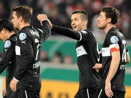 Schlag ein: Martin Harnik, Vedad Ibisevic und Christian Gentner (v.li.) nach dem 2:0.