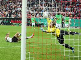Müller erzielt das 1:0