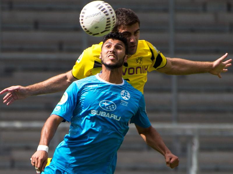Machte ordentlich Dampf: Auch die Dortmunder Abwehr hatte mit Stuttgarts Elia Soriano (vorn) richtig Probleme.
