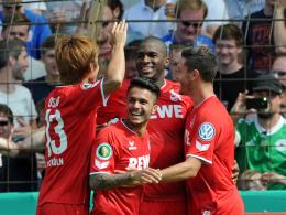 Die Kölner bejubeln das 1:0 von Anthony Modeste.