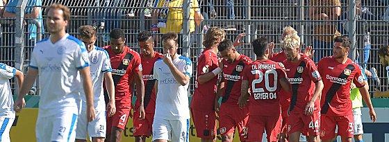 Vorentscheidung: Leverkusen bejubelt das 2:0.