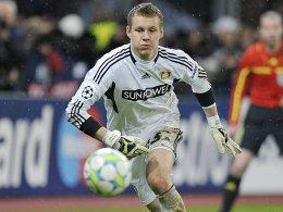 Stand mit Leverkusen zuletzt gegen den FC Barcelona im Fokus des internationalen Fußball-Interesses: Bernd Leno.