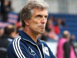 Lobte vor allem Lewis Holtby und die erste Halbzeit: Trainer Rainer Adrion.