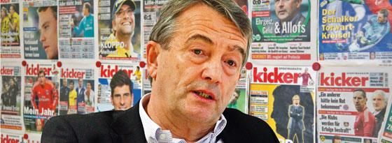 DFB-Präsident Wolfgang Niersbach schaute am Rande des Kasachstan-Spiels in der kicker-Redaktion in Nürnberg vorbei und stellte sich.