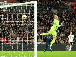 Bilder: Sané schnuppert am Wembley-Tor