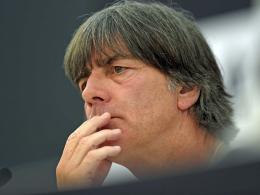 Löw: Debüt für Petersen, Rhythmus für Özil und Khedira