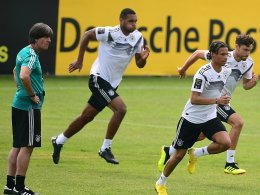 Brandt knapp vorn: So begründet Löw Sané-Entscheidung