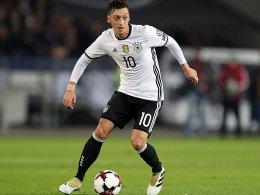 Angeschlagener Özil reist zur Nationalelf