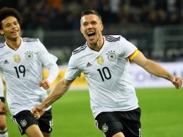 Bilder: Podolski trifft bei seinem Abschied