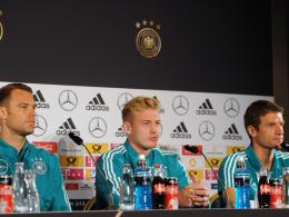 Müller und Neuer stellen sich - auf unterschiedliche Weise