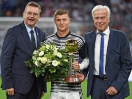 Kroos zum Fußballer des Jahres geehrt