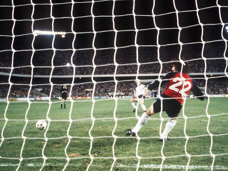 Hoene�, Hrubesch, Hector: Deutschlands historische Elfmeter