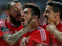 Benfica zittert sich zum Sieg