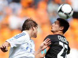 Erster Saisonsieg: Kokorin (li.) brachte Dynamo gegen Lokomotive Moskau in Front. Rechts Ozdoyev.