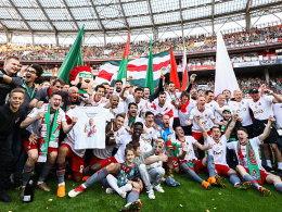 Farfan feiert mit Lok Moskau die Meisterschaft