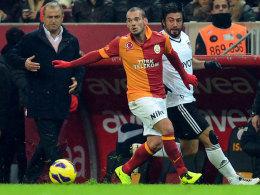 Wesley Sneijder gegen Ibrahim Toraman