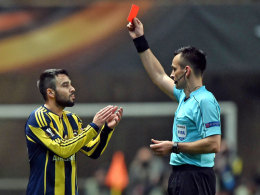 UEFA sperrt Fenerbahces Sen und Potuk