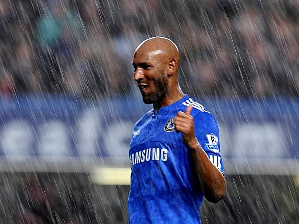 Fußball, Nicolas Anelka verlängerte vorzeitig beim FC Chelsea bis 2012.